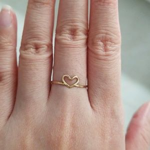 Kiele Hawaii Teeny Manini heart ring